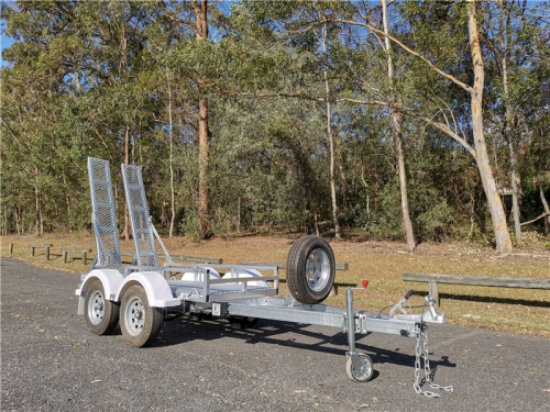 Scissor Lift Trailers Side